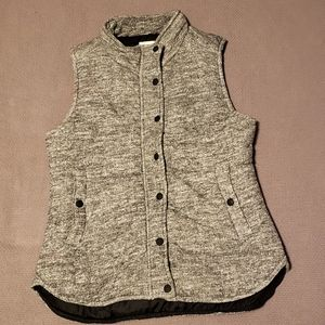 Skies are Blue puffer vest